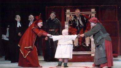 Brecht e Laranjas Vão Sair da Mala de Beno Besson